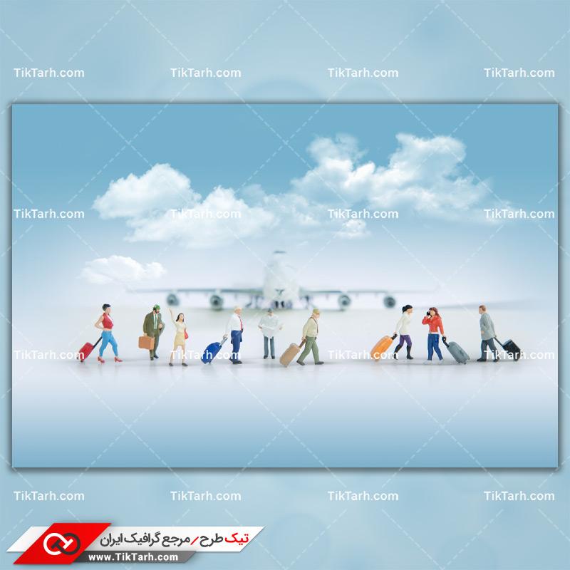 دانلود تصویر با کیفیت مسافرین با چمدان در فرودگاه