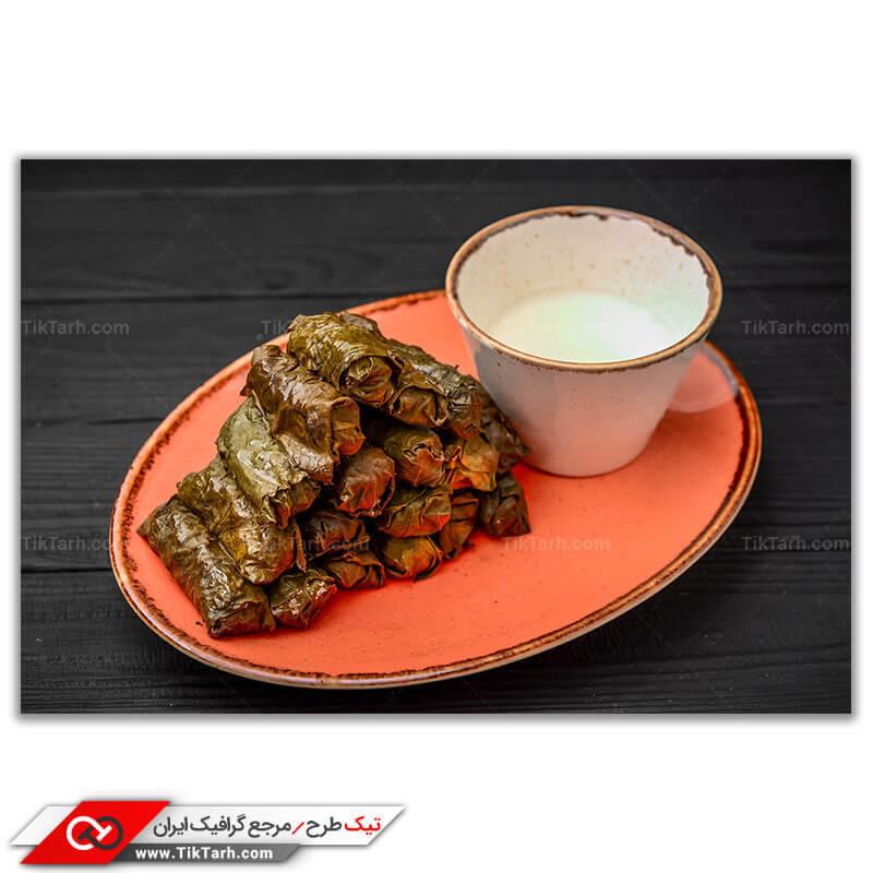تصویر با کیفیت غذای دلمه با سس