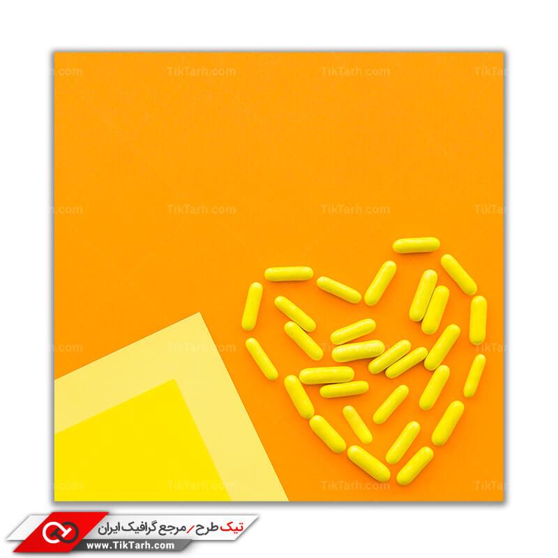 دانلود تصویر با کیفیت طرح قلب با کپسول های پزشکی