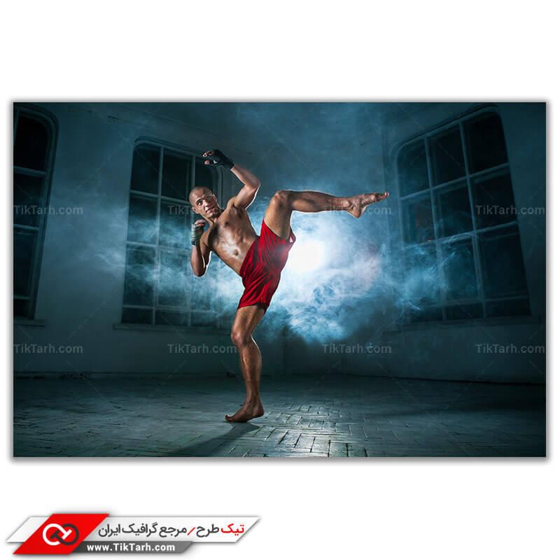 عکس باکیفیت از ورزشکار رزمی در حال تمرین
