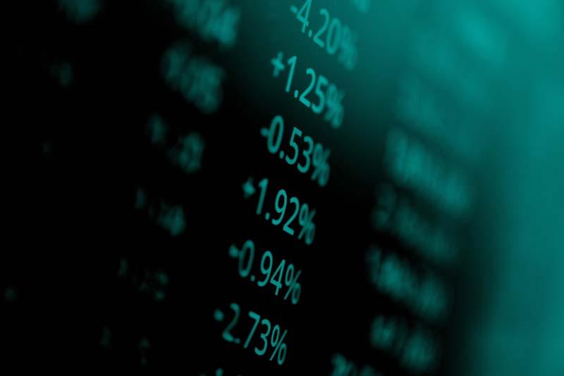 دانلود عکس با کیفیت ترازهای مالی منفی و مثبت