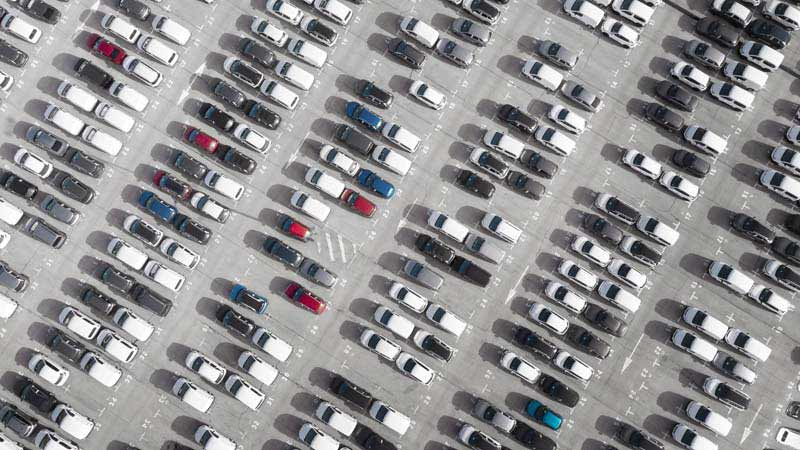 دانلود عکس باکیفیت پارکینگ بزرگ ماشین