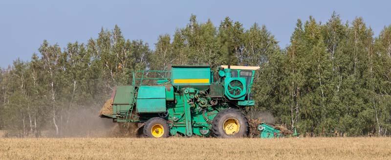 دانلود تصویر باکیفیت ماشین آلات کشاورزی
