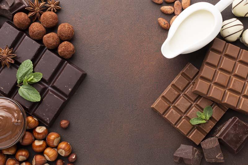 تصویر باکیفیت شکلات فندق و قهوه