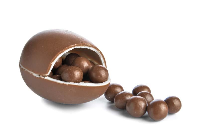 تصویر باکیفیت تخم مرغ شانسی شکلاتی