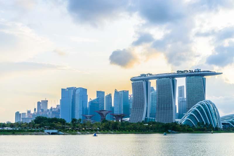 دانلود عکس با کیفیت برج های سه قلو سنگاپور