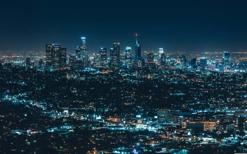 دانلود عکس با کیفیت نمای زیبا از شهر در شب