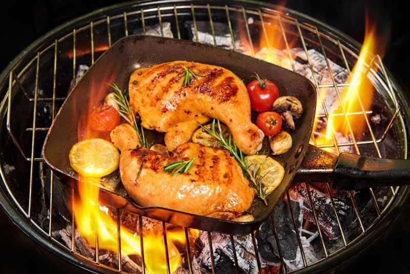 تصویر باکیفیت سرخ کردن ران مرغ