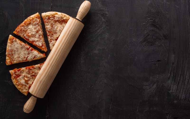 تصویر باکیفیت پختن پیتزا