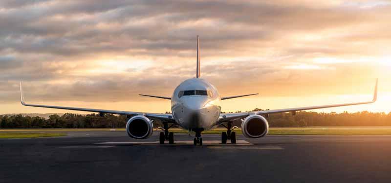 تصویر باکیفیت هواپیمای مسافربری