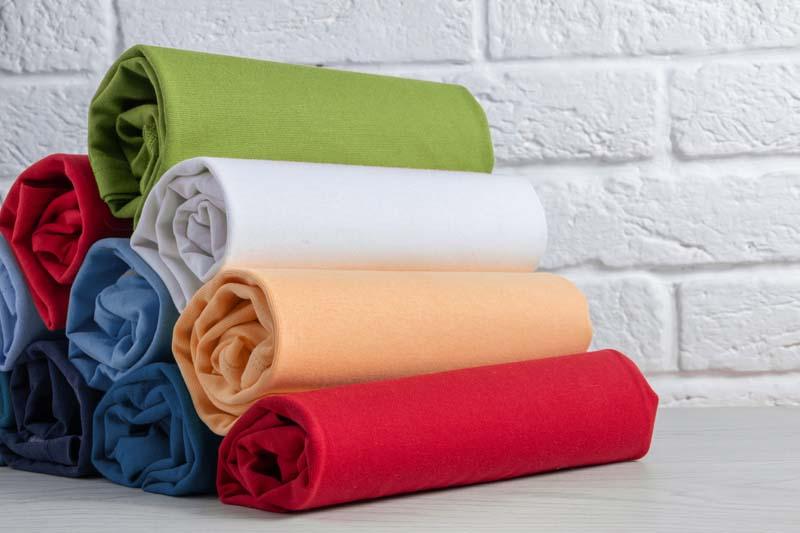 تصویر باکیفیت دستمال های رنگارنگ
