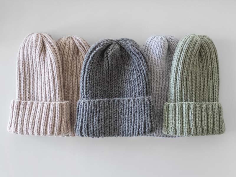 تصویر باکیفیت کلاه های ساده کش باف