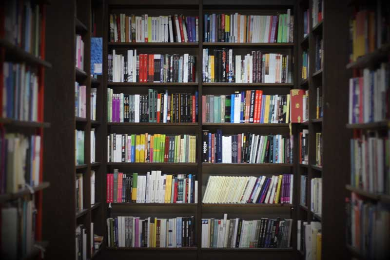 تصویر کتابخانه