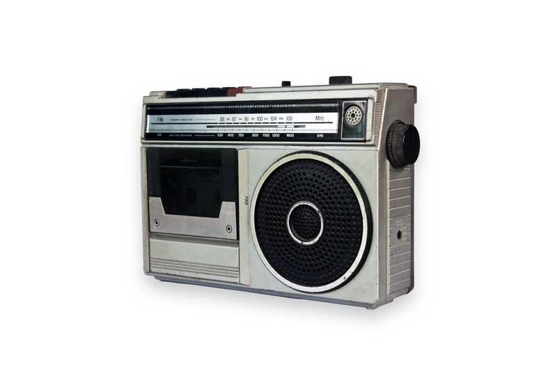 تصویر باکیفیت دستگاه ضبط صوت و رادیو