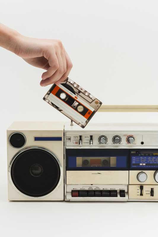 دانلود تصویر باکیفیت دستگاه ضبط صوت و رادیو