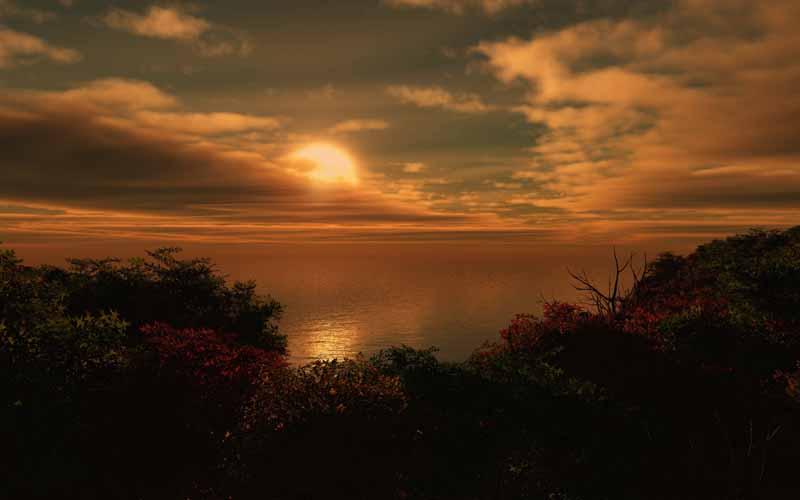 تصویر باکیفیت غروب آفتاب در پشت ابرها روی دریاچه