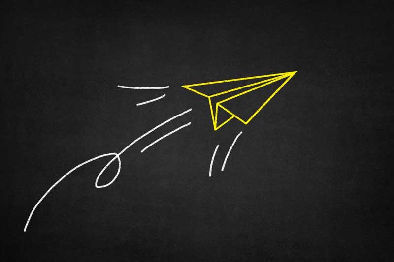 دانلود تصویر نقاشی هواپیمای کاغذی