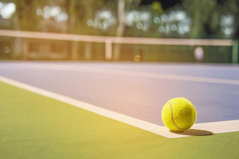 عکس توپ و زمین تنیس