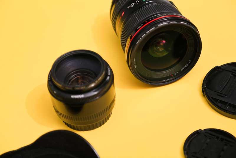 دانلود تصویر دو عدد لنز دوربین عکاسی