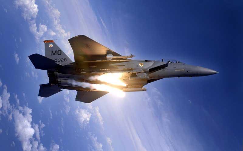 دانلود عکس شلیک موشک جنگنده اف 15