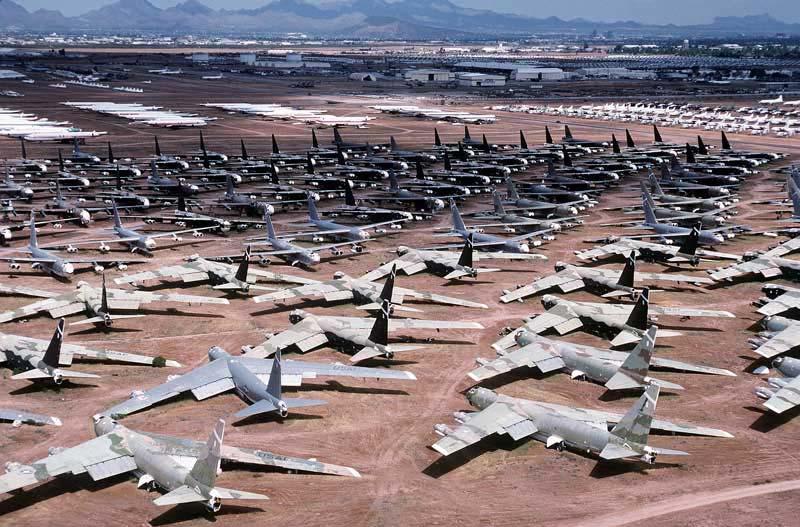 دانلود عکس گورستان هواپیما های جنگی