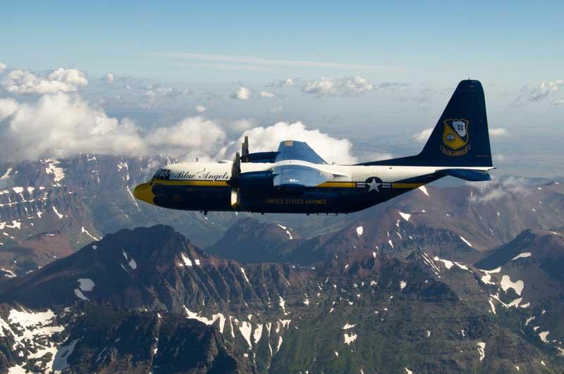 دانلود عکس با کیفیت نمایش هوایی هواپیمای باری سی 130