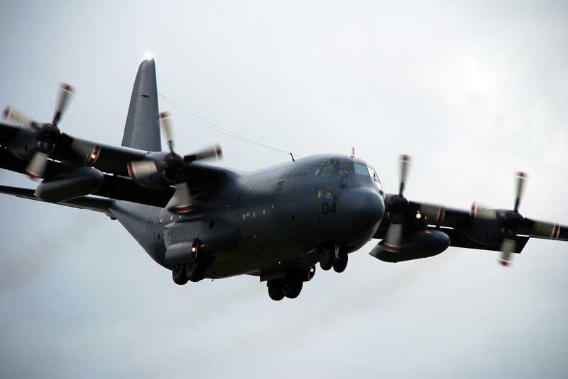 عکس باکیفیت هواپیمای باری سی 130