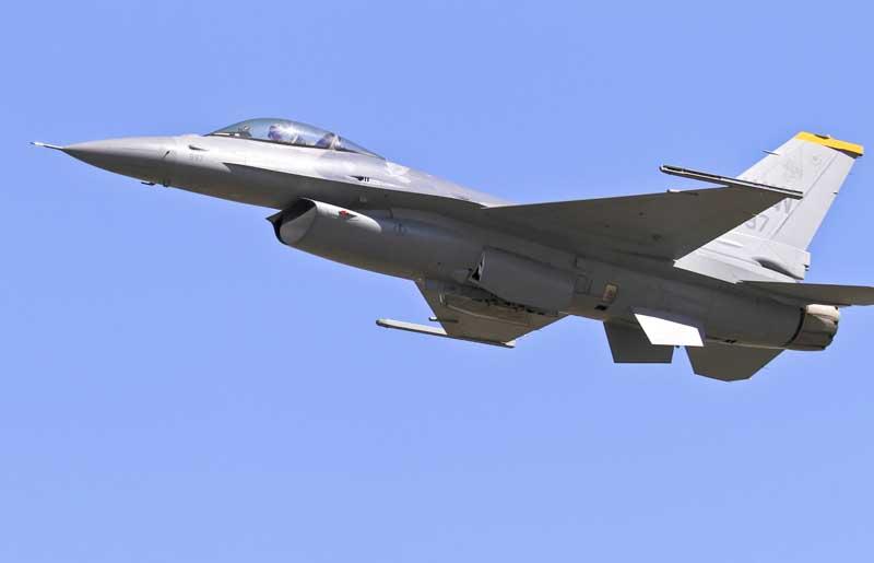 تصویر باکیفیت جنگنده اف 16 فالکن