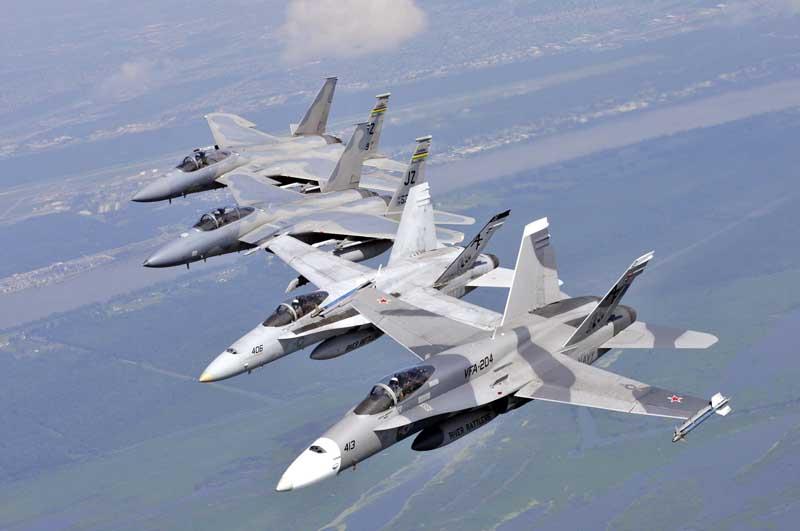 دانلود عکس جنگنده های اف 15 ایگل و اف 18 هورنت