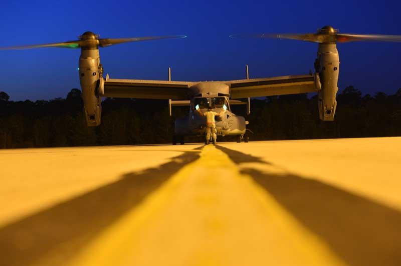 تصویر جنگنده بل بوئینگ وی-۲۲ آسپری