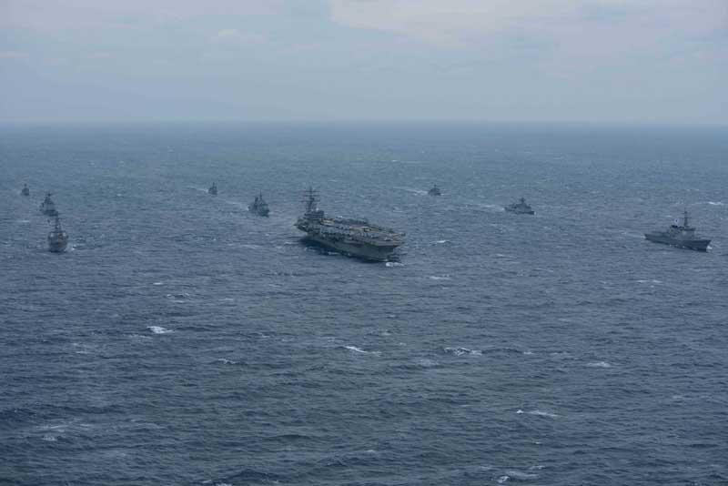 دانلود تصویر کشتی های جنگی از نمای بالا