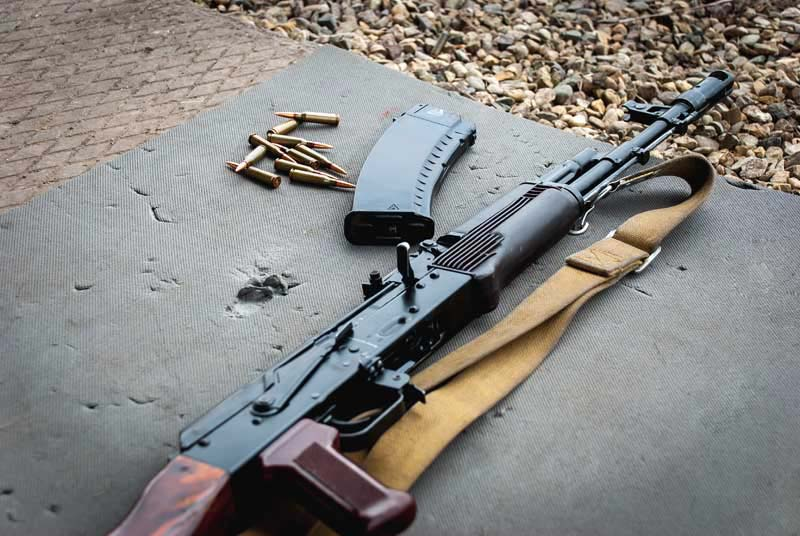 دانلود تصویر اسلحه کلاشینکف
