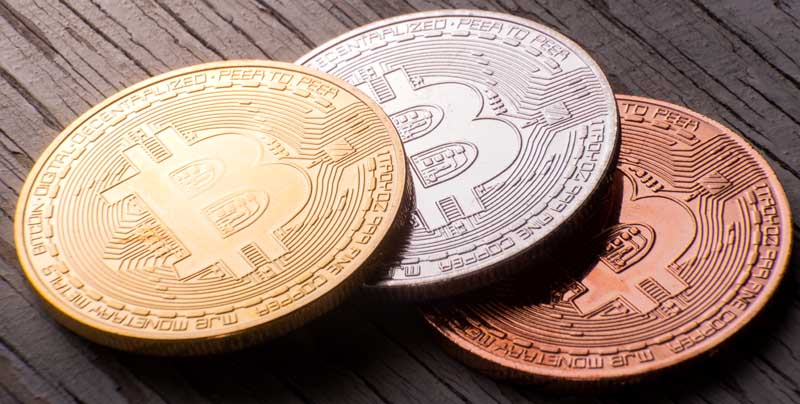 دانلود تصویر سکه های بیت کوین از نمای نزدیک