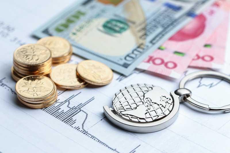 دانلود تصویر سکه های طلا و اسکناس