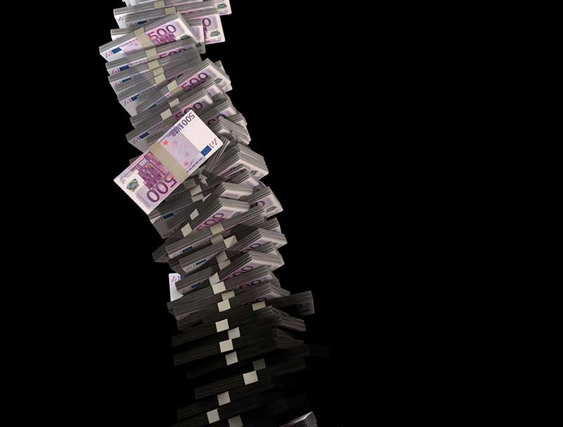 تصویر پس زمینه با طرح اسکناس های 500 یورویی