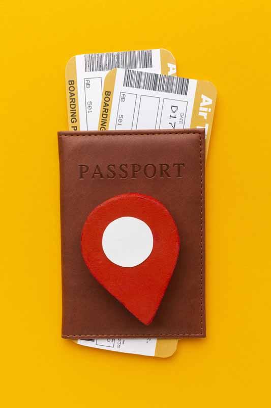 دانلود تصویر بلیط هواپیما و پاسپورت